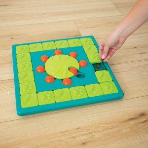 Nina Ottosson hondenspel multi puzzle.